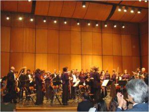 2000 | Primer concierto navideño con la Filarmónica y el Coro Filarmónico en el Teatro Jorge Eliécer Gaitán